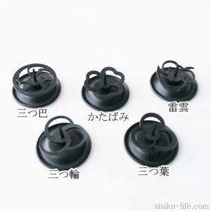 日本の伝統的な家紋をモチーフとしたオリジナルろうそくたて全5種